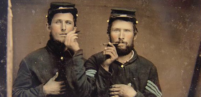 Just some bros doing some bro things during the Civil War Civil War Soldiers with cigars