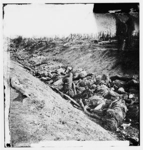 Dead Confederate soldiers in the sunken road after the Battle of Antietam, Alexander Gardner, September 1862. The American Civil War public became accustomed to singing about the dead soldiers captured by the conflict's photographers. (Courtesy of the Library of Congress)