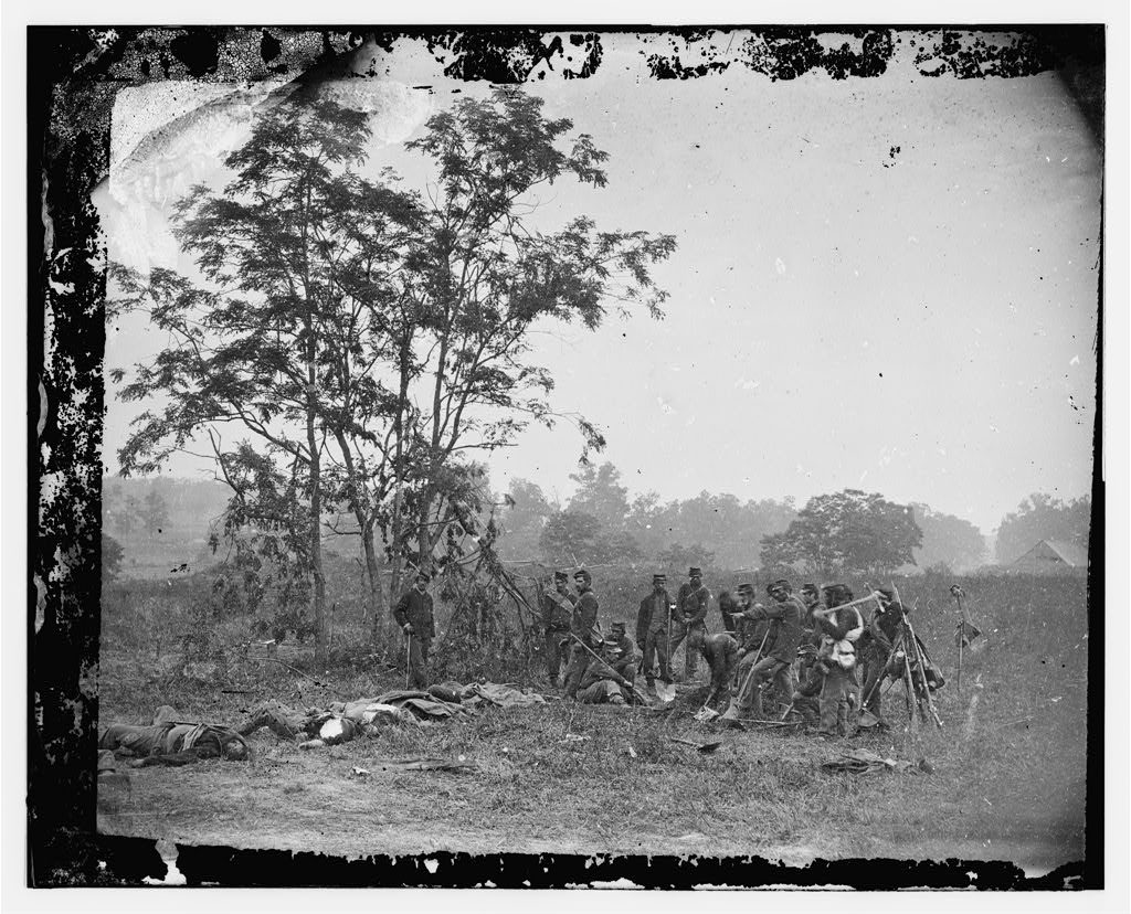 Dr. Holmes would have found many burial crews like this by the time he arrived on the Antietam Battlefield