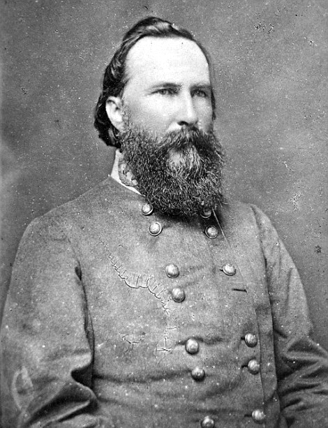 Richardson's close friend James Longstreet. The pair would later face one another at Bloody Lane where Richardson was mortally wounded.  Library of Congress.