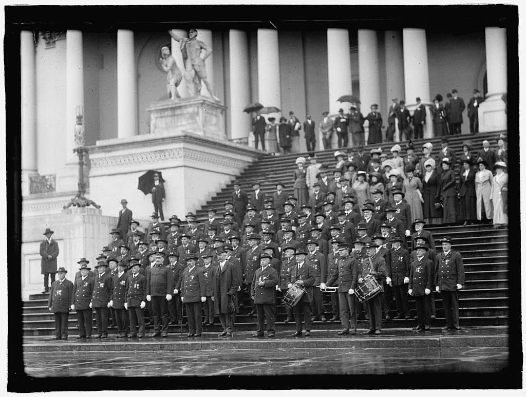 Gathering of US Veterans after the Civil War Courtesy of the Library of Congress