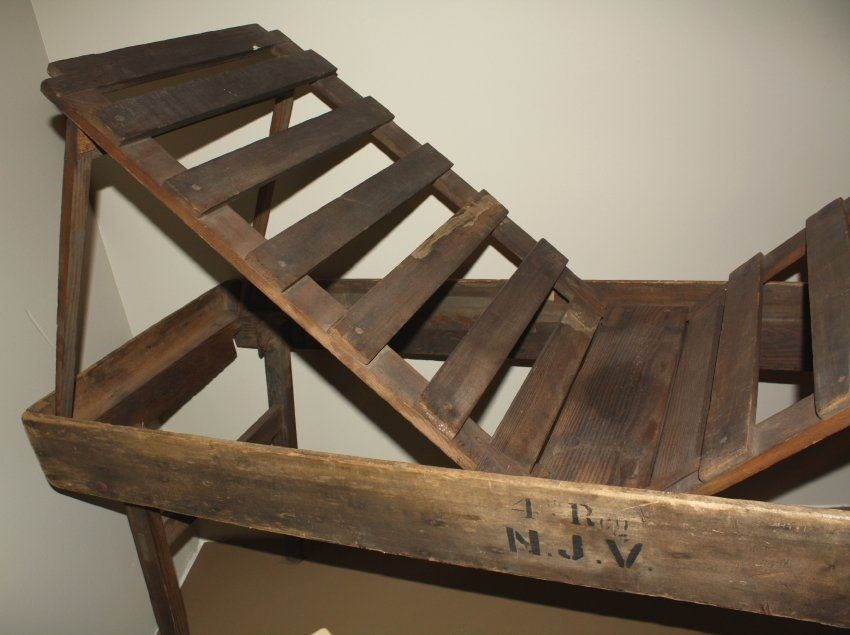 Coolidge Stretcher on display at the National Museum of Civil War Medicine
